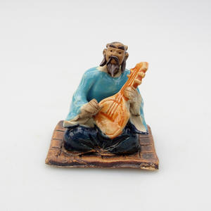 Keramická figurka - Panáček, E