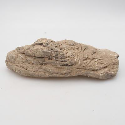 Suiseki - Kámen bez DAI (dřevěná  podložka) - 2